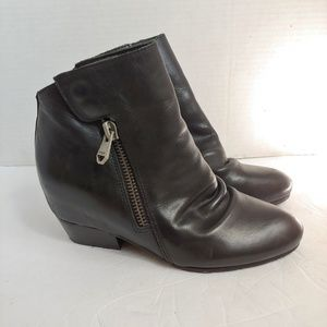 "Naya ""fillie"" wedge ankle boots"